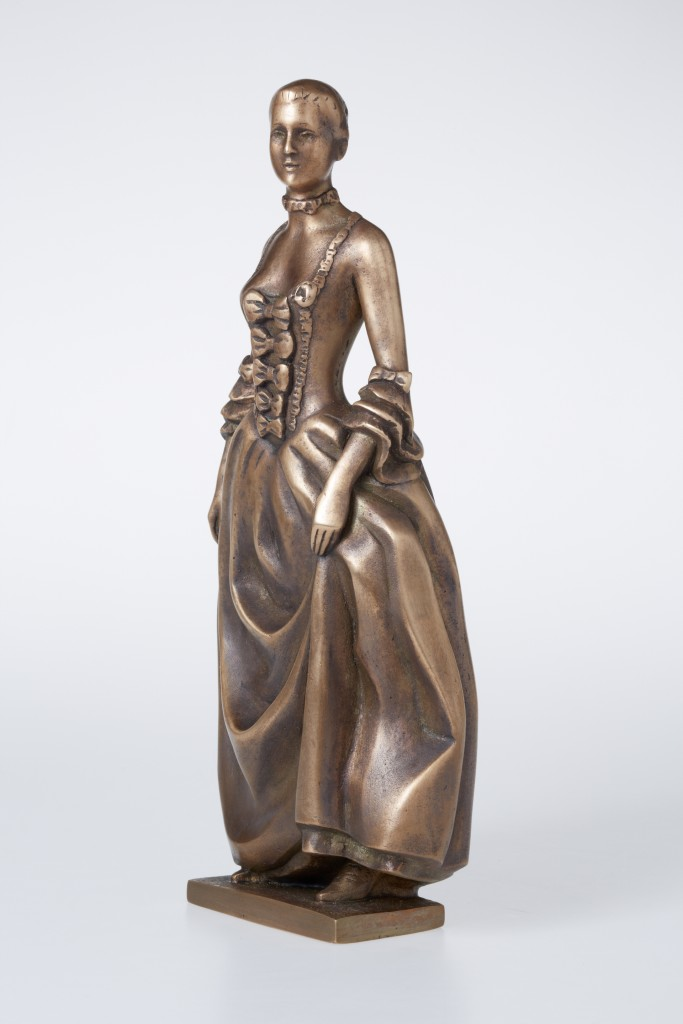 Madame de Pompadour, 2012 Bronze. 31x13x9 cm. Author's private collection.