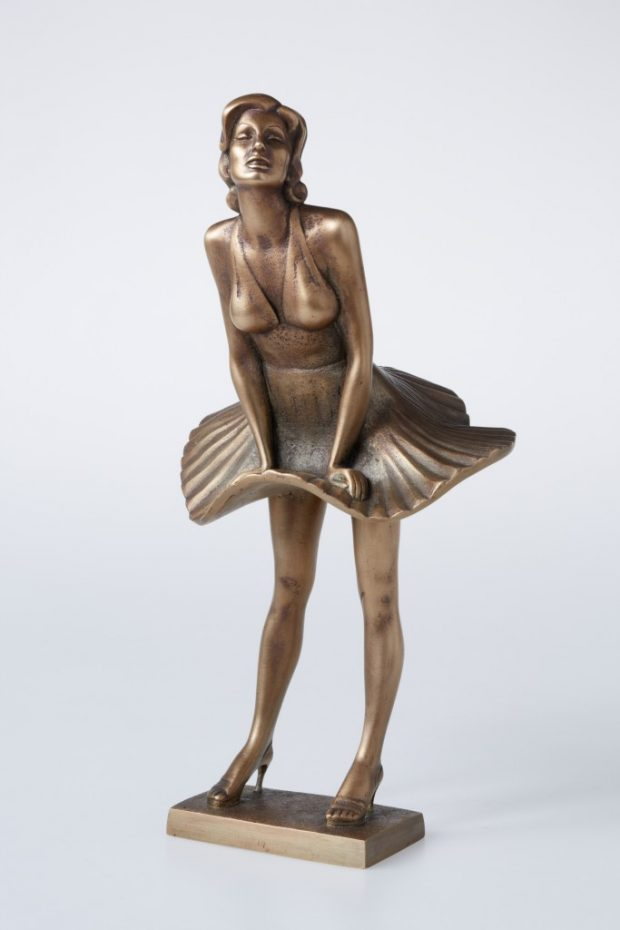Marily Monroe, 2012. Bronza. 29.5x15x13 cm. Autores īpašums.