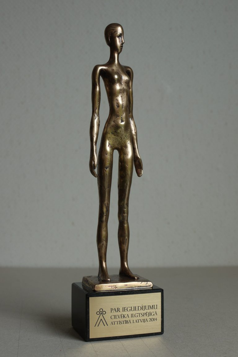 Sprout award American Chamber of Commerce Latvia order Olga Shilova Sculptore