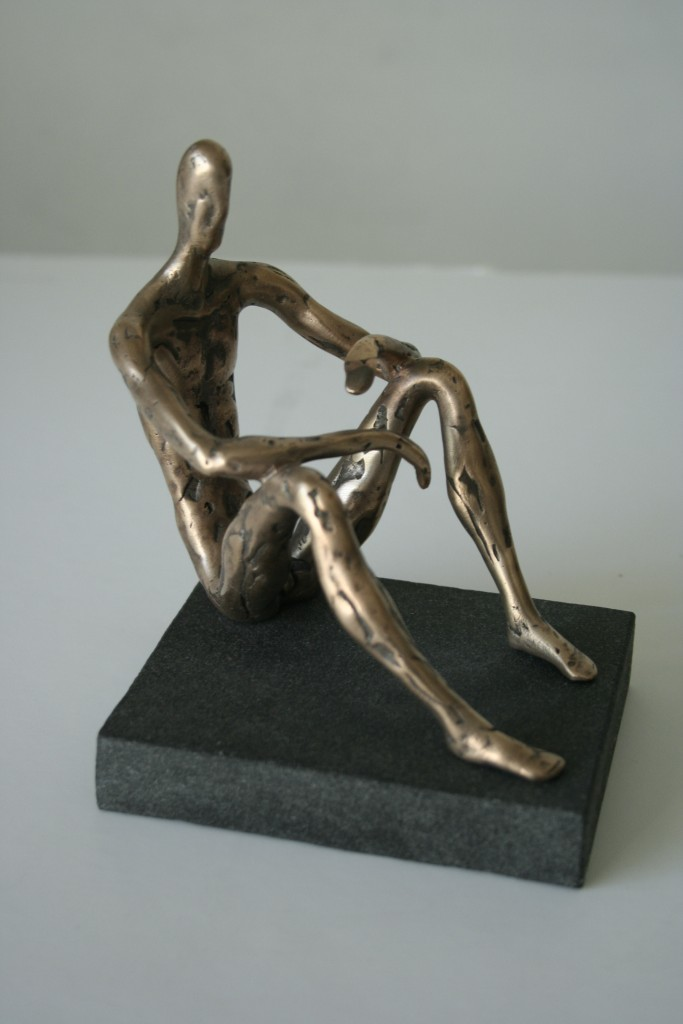 Thinker, 2008. Bronze, granite. 13x41x10 cm. Author's private collection.