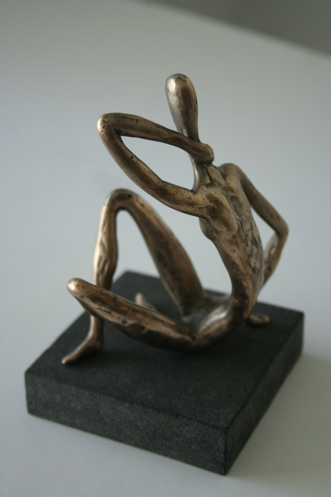 Consternation, 2008 Bronze, granite. 13x8x8 cm. Author's private collection.