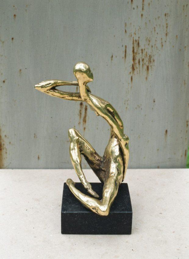 Samulsums 1993. Bronza, granīts. 18x8x8 cm. Privātkolekcija.