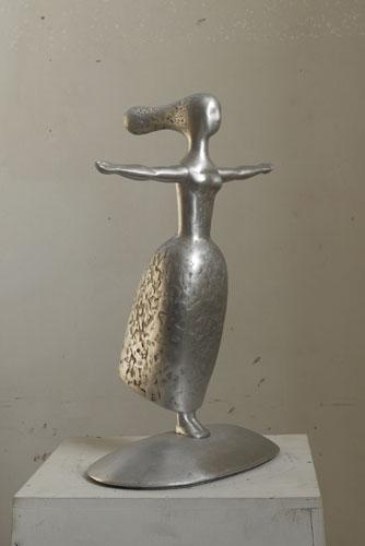 Amazone Tēlnieces Olgas Šilovas skulptūra Rīga, Latvija
