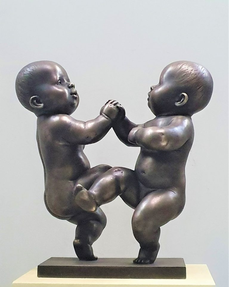 Babies. 2019. Bronze 58 x 55 x 30 cm. Property of the author.