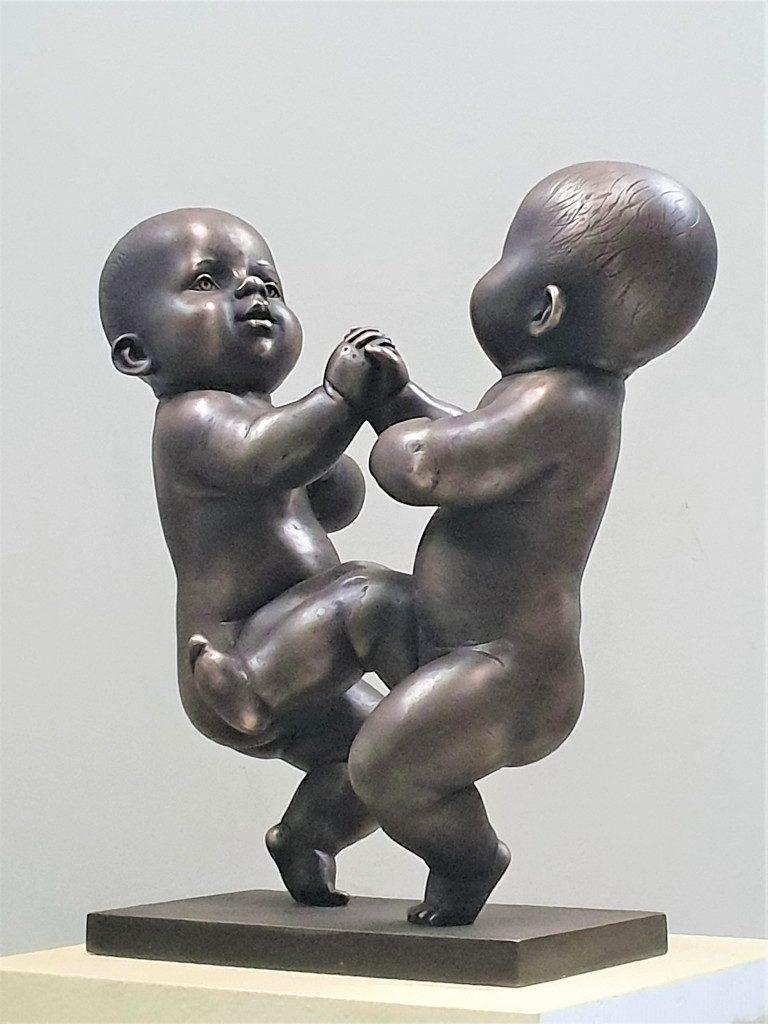 Babies. 2019. Bronze 58 x 55 x 30 cm.