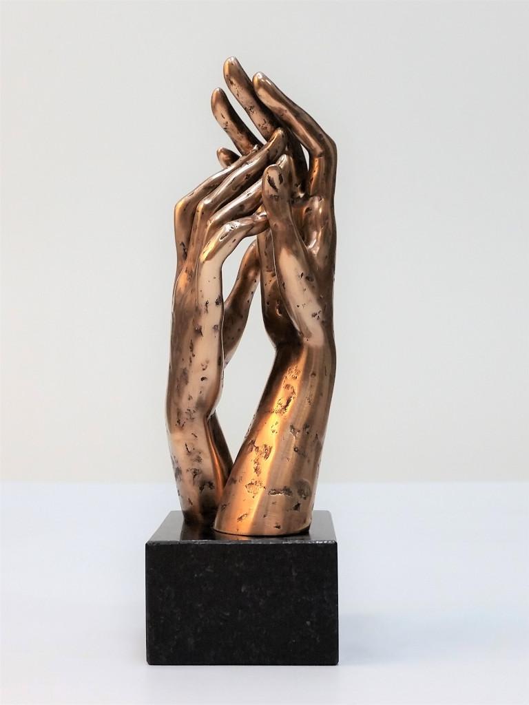 Glāsts 2016.Bronza, granīts. 23,5X9X7,2 cm